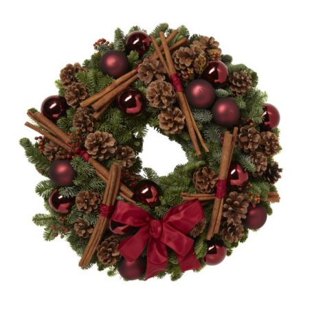 Traditional-Red-Christmas-Wreath
