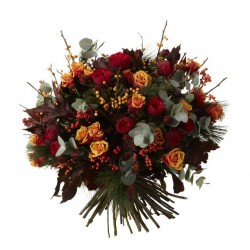 Rose and Ilex Christmas Bouquet