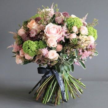 luxury guelder bouquet fulham florist