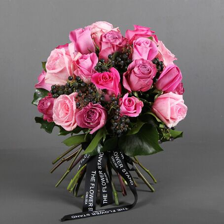 Pink Ecuadorian rose luxury bouquet london