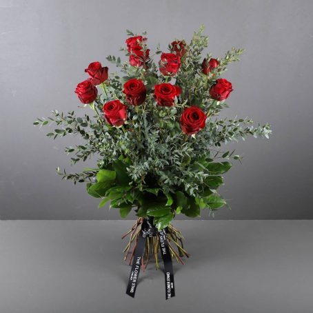 dozen-red-roses-valentines-bouquet