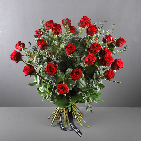 Two dozen luxury roses same day delivery