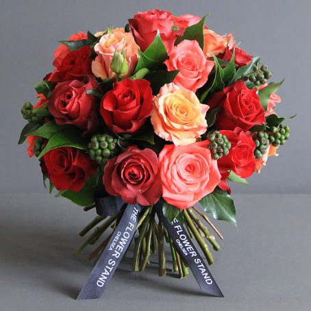 mixed orange rose bouquet