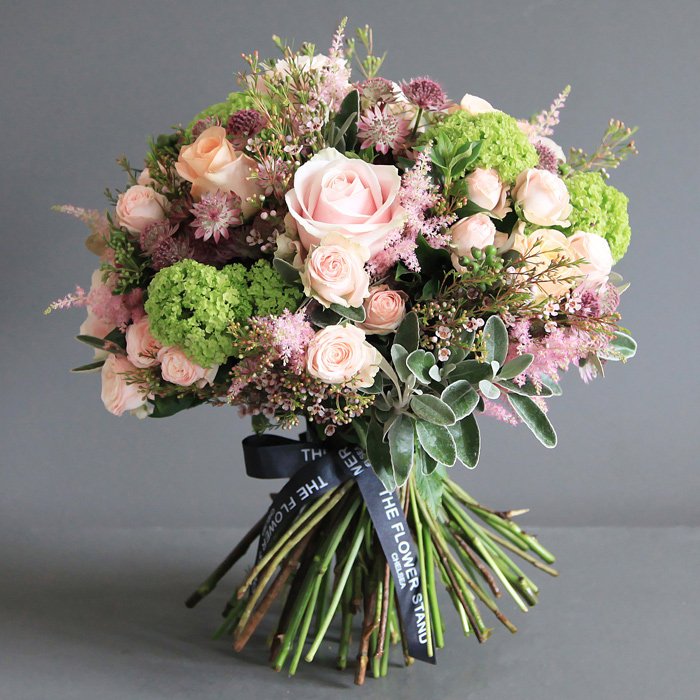 Bouquet Of Flowers: Luxury Bouquet Of Rose & Guelder