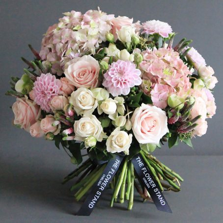luxury pink flowers same day delivery