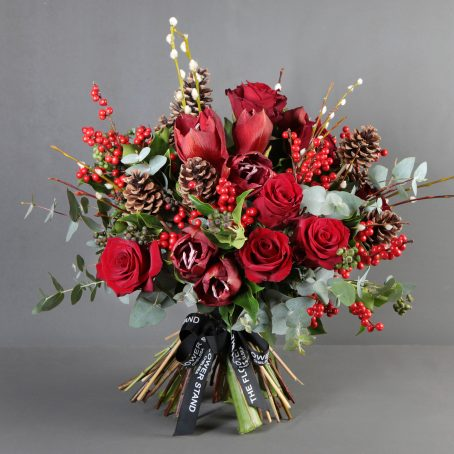 Red Christmas Bouquet | Amarylis Rose bouquet