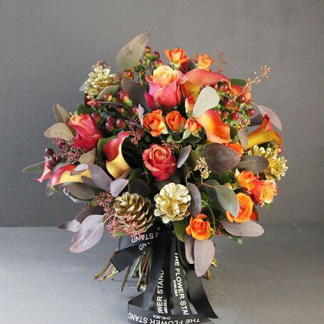 golden-rustic-luxury-christmas-bouquet-free-delivery-flowers
