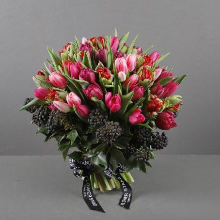 tulip-bomb-luxury-bouquet