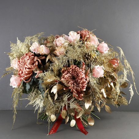 goldfinger-luxury-christmas-bouquet